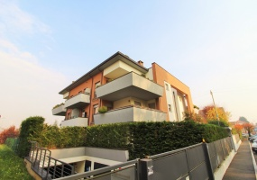 Giussano,3 Bedrooms Bedrooms,5 Rooms Rooms,2 BathroomsBathrooms,Appartamenti,1414